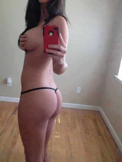 Jesenia is interested in nsa sex with a nice, young man