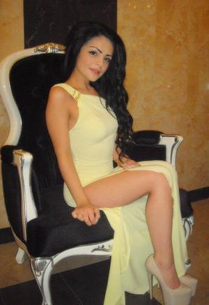 Angie from Charles City, Virginia is looking for adult webcam chat