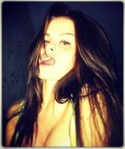 Elenora from Union, Washington is looking for adult webcam chat