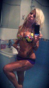 Looking for local cheaters? Take Sondra from Millersburg, Pennsylvania home with you